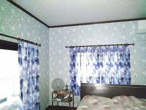 寝室をイメージチェンジ!壁紙・カーテンのリフォーム