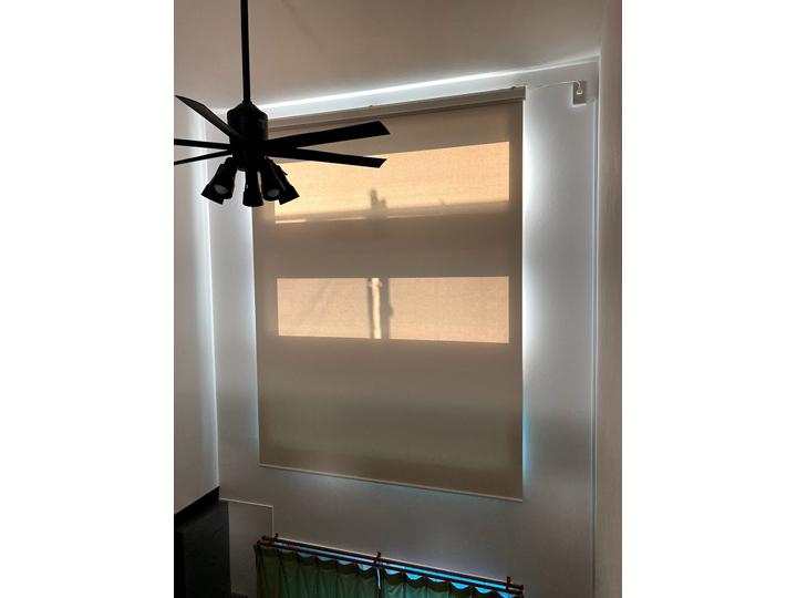 FIX窓にオススメ電動ロールスクリーン